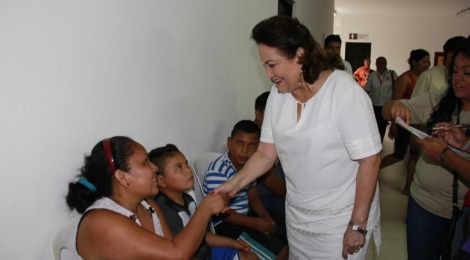 Atención del DIF a niños y madres de Comal