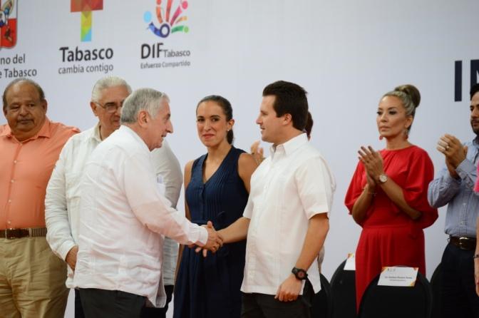 """Pondrán 30 mdp más al """"Dragón"""" para pavimentar en Centro"""