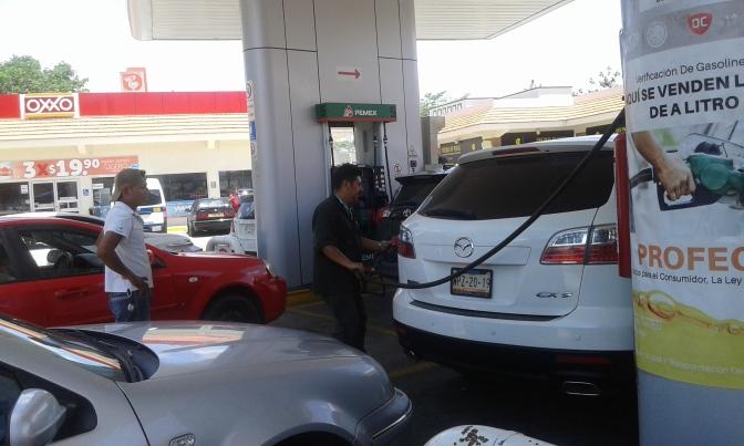 La gasolinera más popular de Tabasco que da litros de a litros