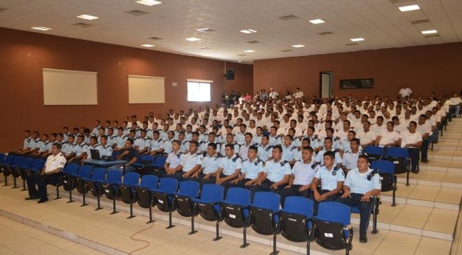 Alistan a nuevos polis en Tabasco