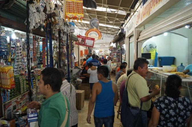 """Los últimos """"latidos"""" del viejo mercado Pino Suárez"""