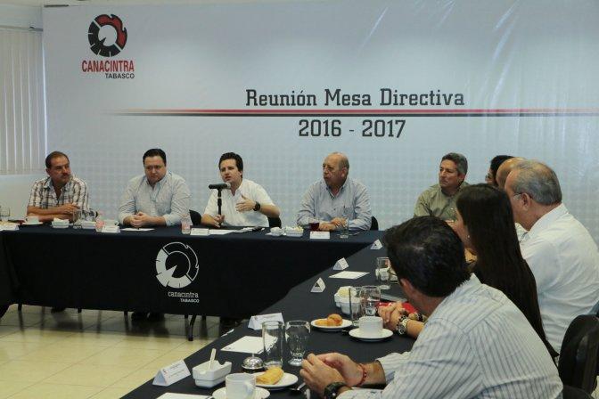 Al rescate de Deportiva y de calles en Ciudad Industrial: Gerardo Gaudiano