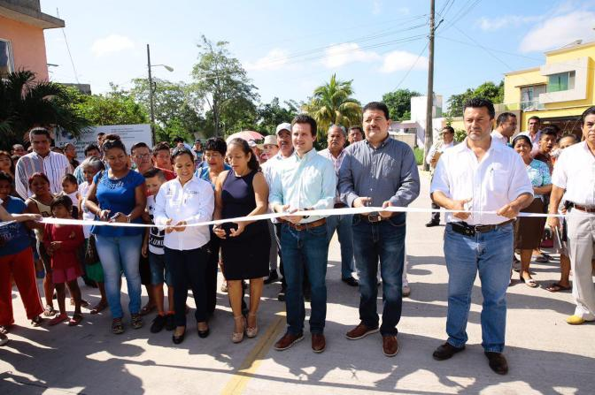 Familias de Anacleto 3ra disfrutan de calle nueva para llegar a sus hogares