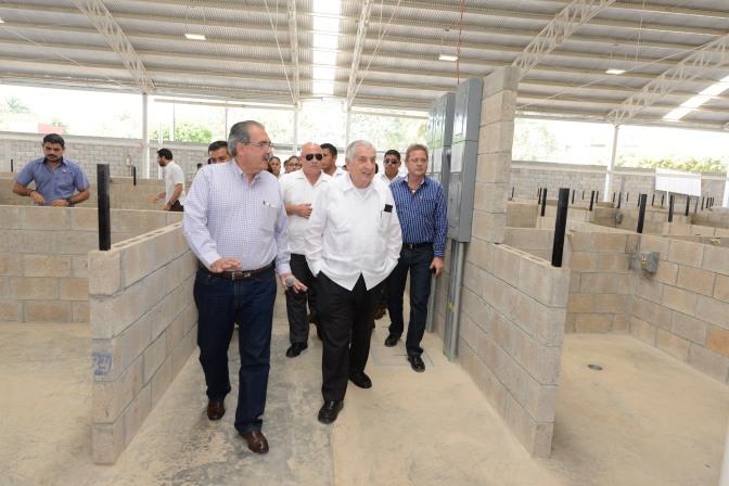 Mercado provisional será funcional y seguro: Arturo Núñez Jiménez