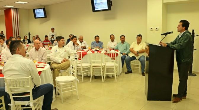 Para constructores tabasqueños cien por ciento de obras en Centro: Gaudiano