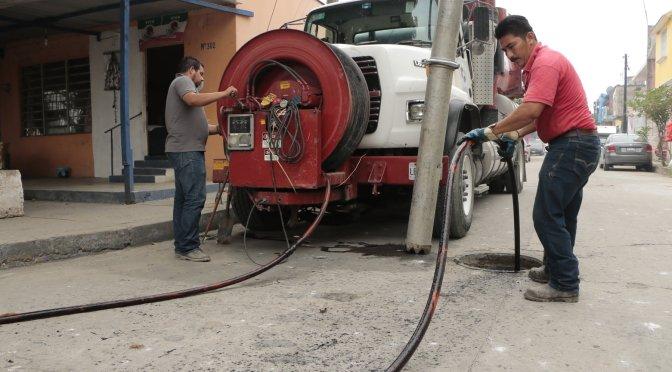 Superada meta de limpieza y desazolve de alcantarillado y drenaje en Centro