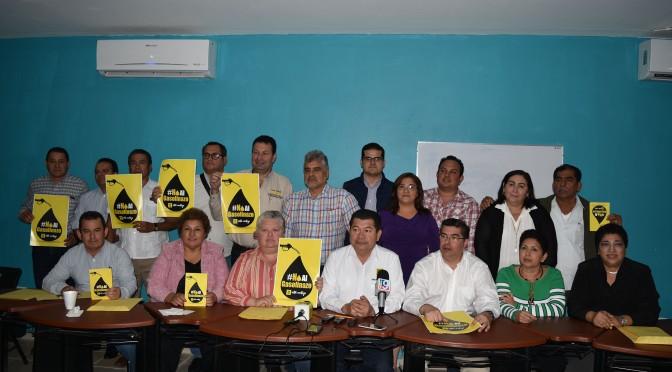 Marcharán diputados perredistas el domingo contra gasolinazo en Tabasco