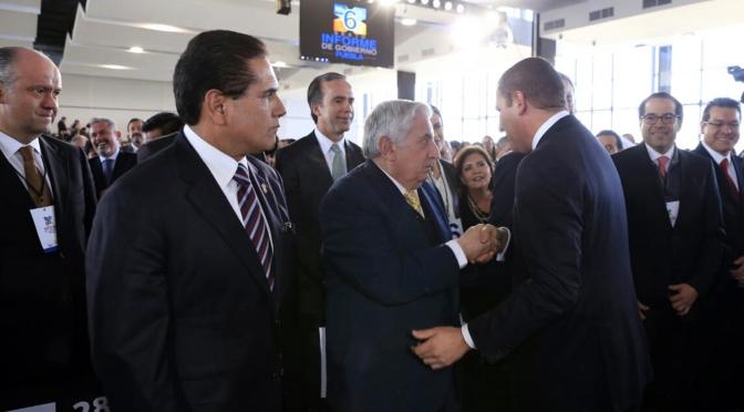 Asiste gobernador de Tabasco al informe de su homólogo de Puebla