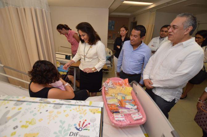 Da DIF-Tabasco bienvenida a 31 bebés que nacieron el primer día del 2017
