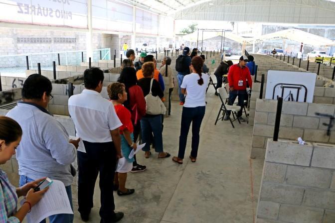 Termina entrega de espacios en mercado provisional a locatarios del Pino Suárez