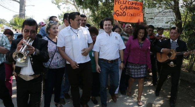 Gestionará Centro recursos para realizar calle principal de Ranchería E. Zapata