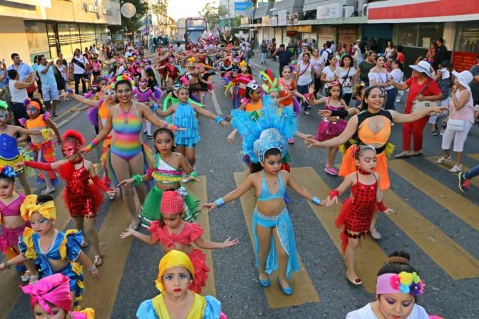 ¡Colorido Desfile del Carnaval Villahermosa 2017!