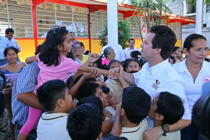 Mejora Centro escuela de Infonavit-Atasta para beneficio de niños y profes