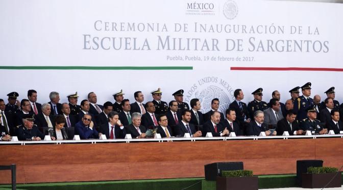 Tabasco presente en celebración del Día del Ejército encabezada por el Presidente