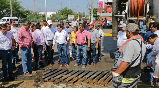 Atiende Gaudiano demandas de habitantes de la colonia Guayabal