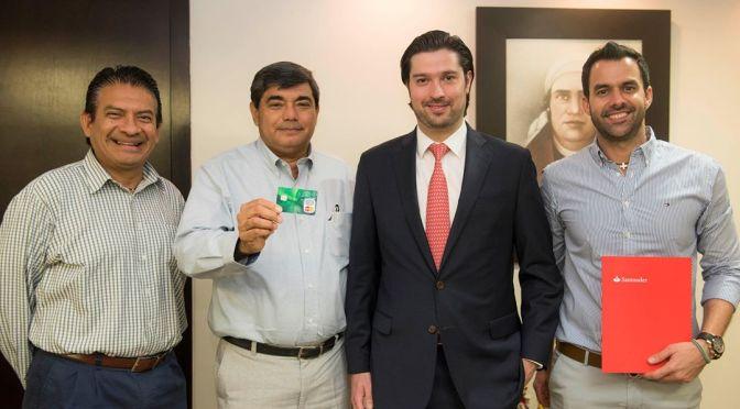 Santander UJAT, la tarjeta para apoyar educación de estudiantes tabasqueños
