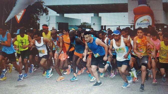 Reúne UJAT a más de 4 mil 500 participantes en su carrera Atlética