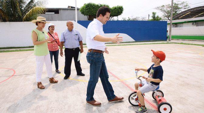 Rescate de área verde en Espejo II y de  parques en fraccionamiento Carrizal
