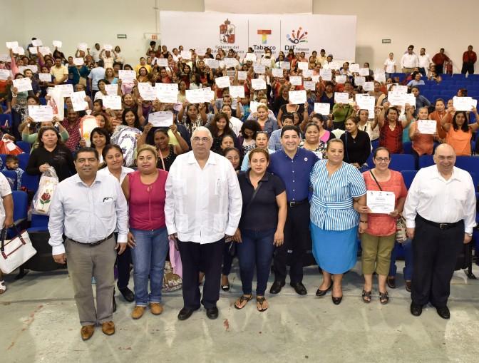 Alienta Tabasco con apoyos el autoempleo
