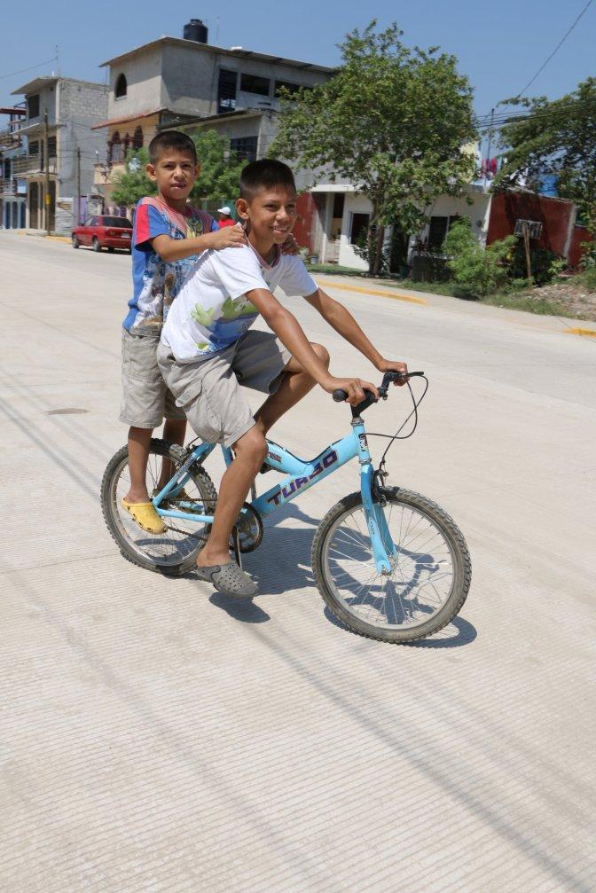 Más de 5 mil familias de Ixtacomitán 1a disfrutarán de nueva calle
