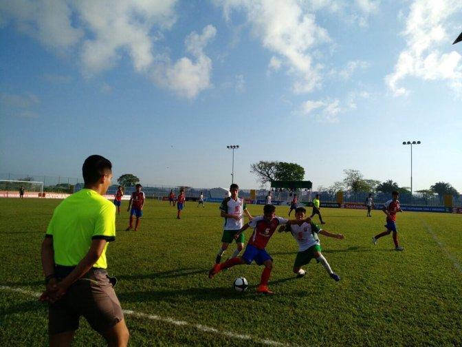Pitazo inicial a partidos intensos en campeonato nacional de fut en Centro
