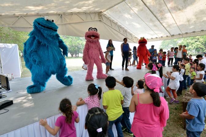Celebran DIF-Tabasco y Yunká a niños con Plaza Sésamo y teatro comunitario