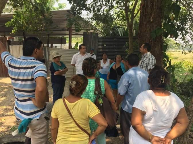 Atiende César Rojas a ciudadanos que solicitan definir límites municipales