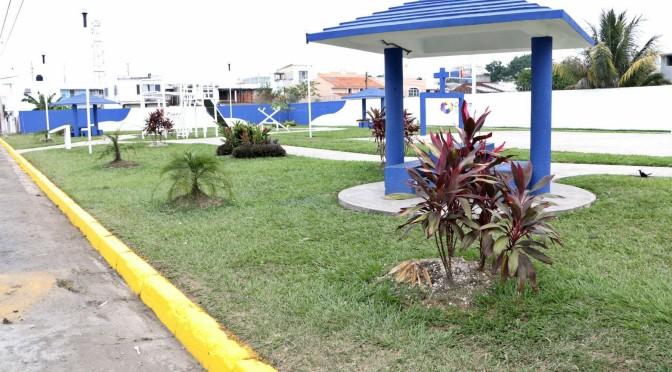 Rescata Centro parques, canchas y jardines para familias de zona urbana y rural