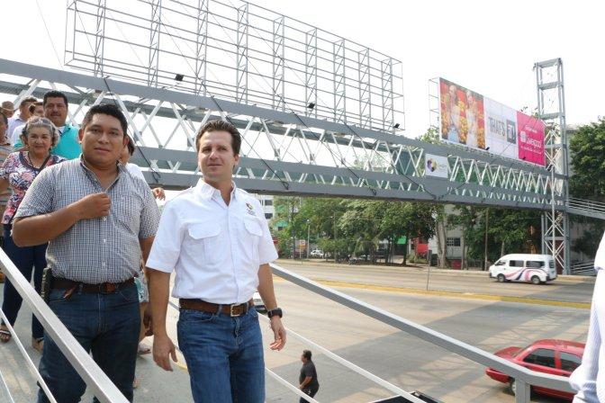 Centro, al rescate de puentes peatonales