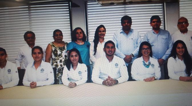 Estudiantes de UJAT ganan maratón de conocimiento regional y van a nacional