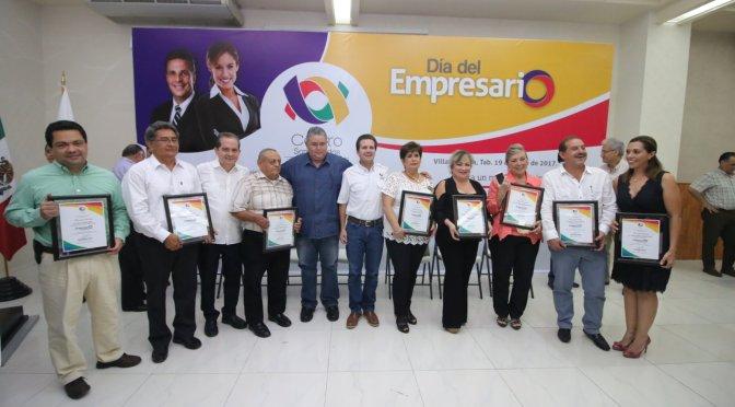 Reconoce y valora Centro aportación de empresarios y les refrenda su respaldo