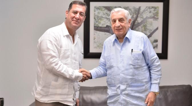Intercambia impresiones el gobernador y especialista en nuevo sistema de justicia penal