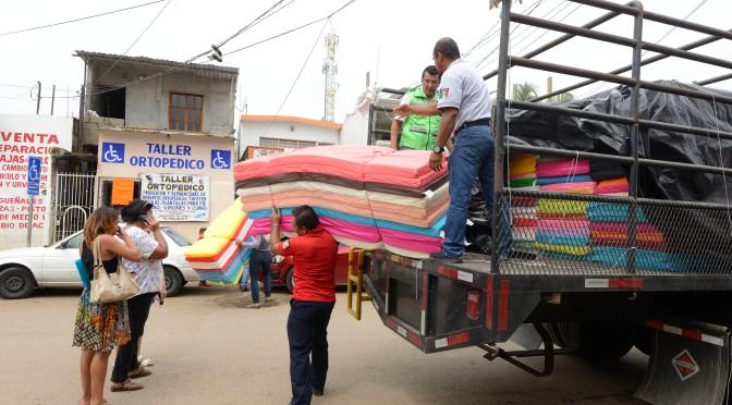 Ayuda Protección Civil a familias afectadas por lluvias