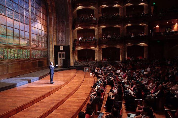 Gerardo Gaudiano presenta Compañía de Danza