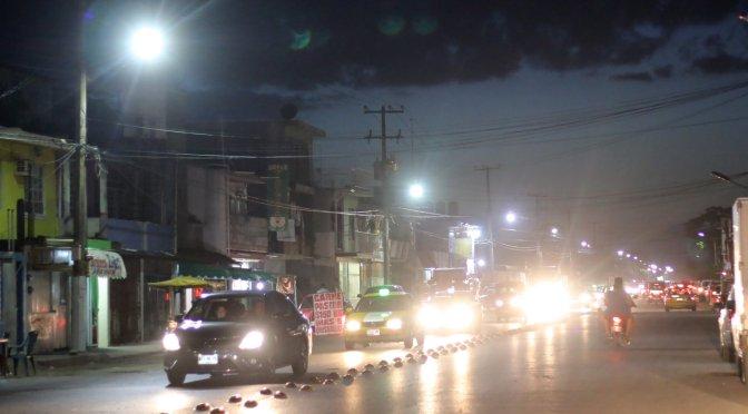 Lleva Centro más luz y seguridad a familias de Indeco