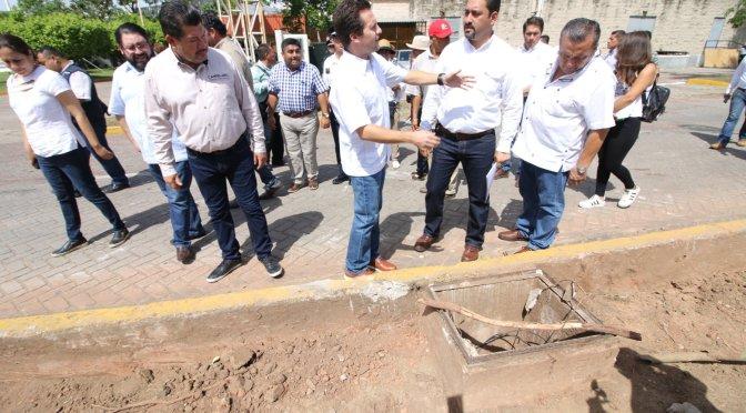 Avanzan trabajos de mejora vial en Tabasco 2000