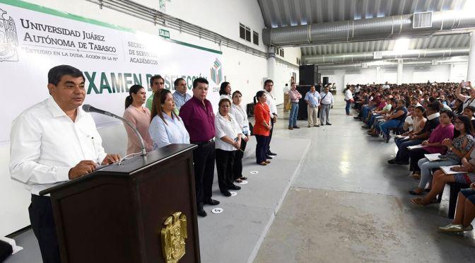 """""""Preparación académica, llave para una mejor calidad de vida"""": Rector de la UJAT"""