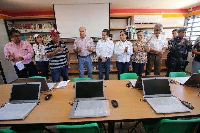 Avanza rescate de bibliotecas en Centro