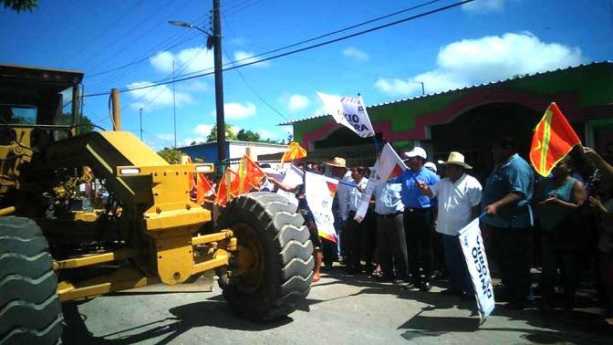 Cumple gobierno estatal añeja demanda y construye carretera Nacajuca-Tecoluta