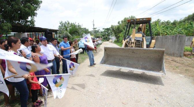 Mas calles pavimentadas para habitantes de Buena Vista Río Nuevo 2da en Centro