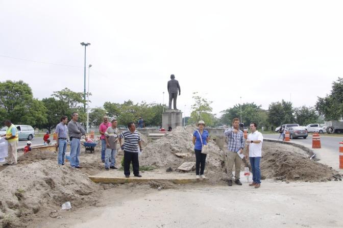 Supervisa Gaudiano obras de adecuación vial en boulevard Bicentenario