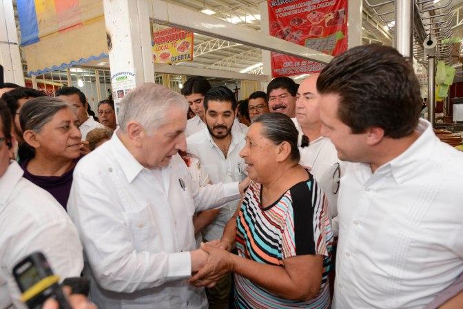 Entregarán Núñez y Gaudiano en Centro calles y escuelas renovadas