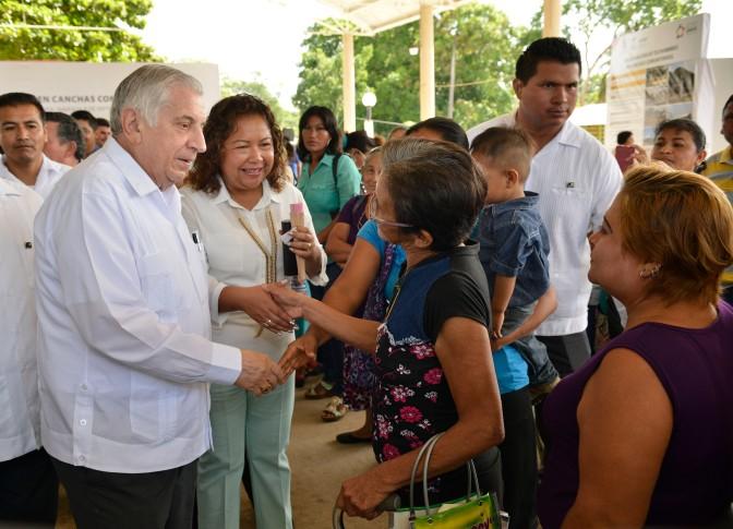 Habitantes de Emiliano Zapata recibirán infraestructura social
