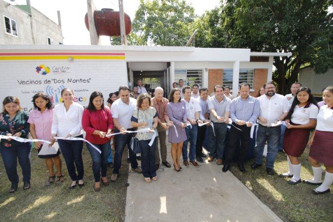 Entrega Gaudiano en Dos Montes la séptima biblioteca rehabilitada con apoyo de la IP