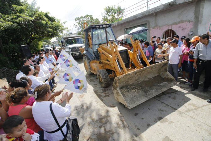 Invierte Centro 42 MDP en drenaje del sector PYASUR, en Tierra Colorada