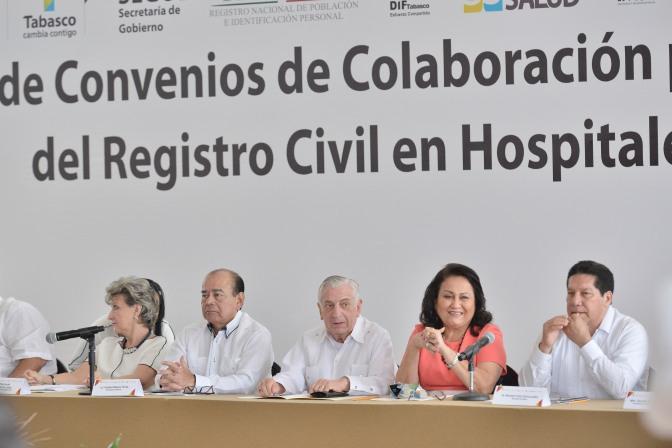 Acercan servicios públicos en hospitales