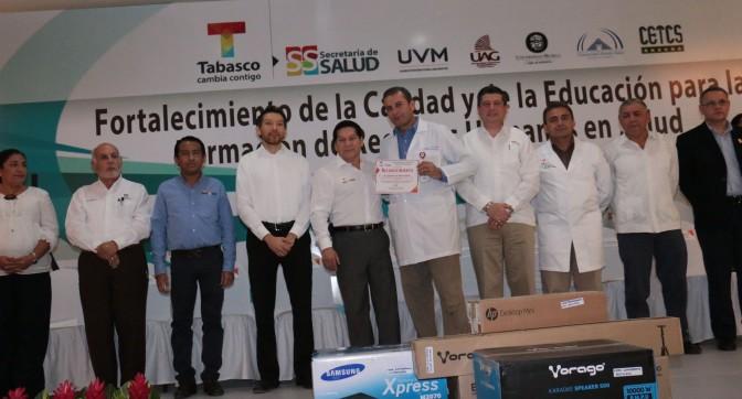 Consolidan alianza Salud y universidades en Tabasco