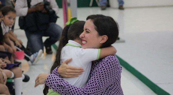"""Anuncia Ximena Martel """"Red Ángel Guardián"""" para la protección de los niños de Centro"""