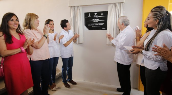 Atestigua matrimonio Gaudiano-Martel entrega de obras estatales en Centro
