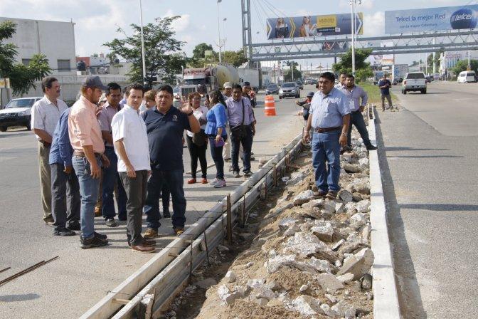 Avanza renivelación de guarniciones en periférico Carlos Pellicer Cámara
